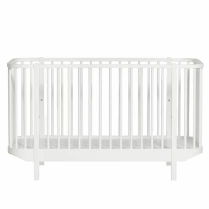 wood cradle white