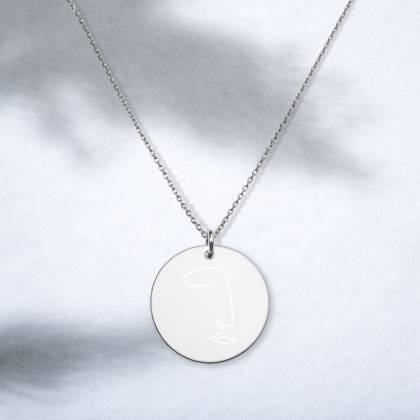 Face engraved necklace