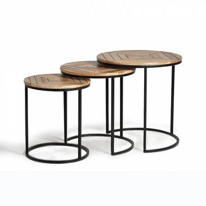 Round nesting tables set