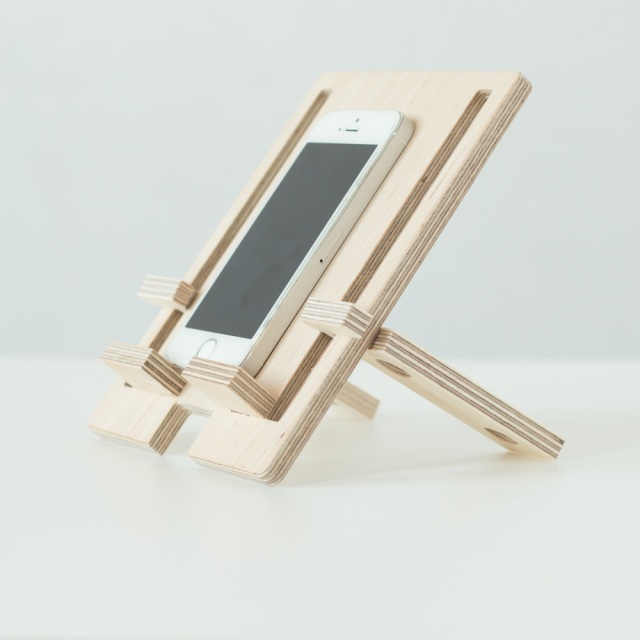 Dephone phone stand
